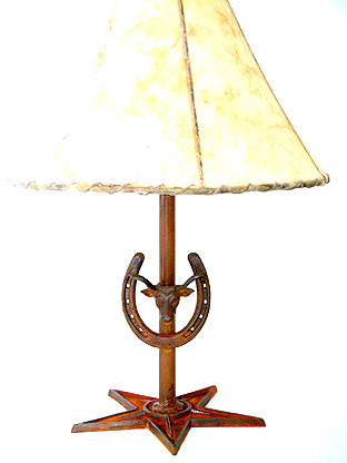 "Horseshoe and Steer Lamp 21"") w/ 14"" Shade"