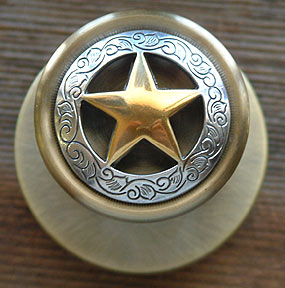Antique Gold Star w/Etching A. Brass Knob- (Lockable)