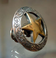 "Antique Gold Antique Silver Star w/Etching -1 1/2"" (Drawer Pulls)"